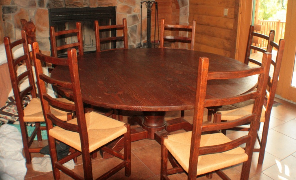 001 Northwoods Dining Set
