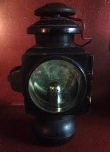 Crump, Phil. E & J Model 32 Auto or Carriage Lamp